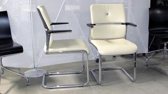 2 x steelcase please 468 leder freischwinger besucherstuhl. Black Bedroom Furniture Sets. Home Design Ideas
